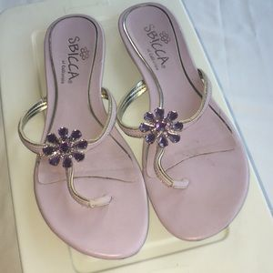 Shoes - Lavender flat sandals